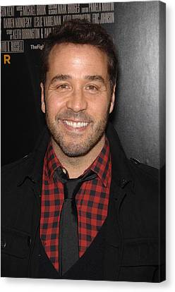Jeremy Piven At Arrivals For The Canvas Print by Everett