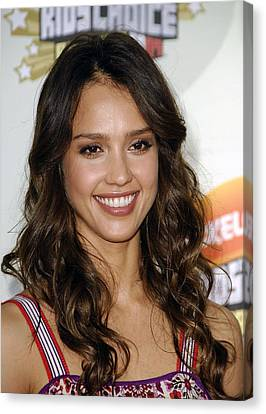 Jessica Alba At Arrivals For 2007 Canvas Print by Everett