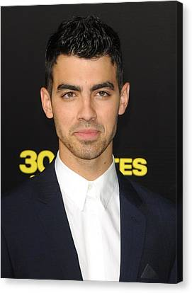 Joe Jonas At Arrivals For 30 Minutes Or Canvas Print by Everett