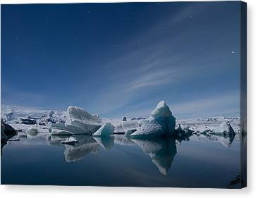 Jokulsarlon At Night Canvas Print by Andres Leon