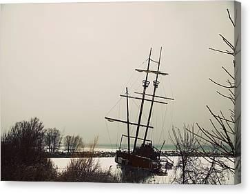 Jordan, Ontario, Canada A Tall Ship Canvas Print by Pete Stec