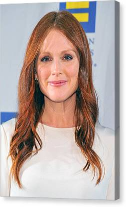 Julianne Moore At Arrivals For No Canvas Print by Everett