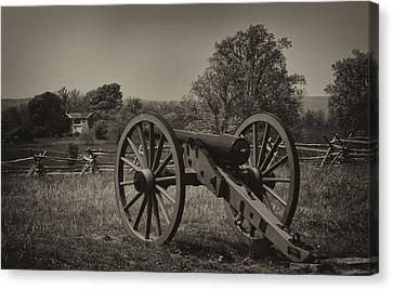 July 1 1863 Gettysburg Canvas Print by William Jones