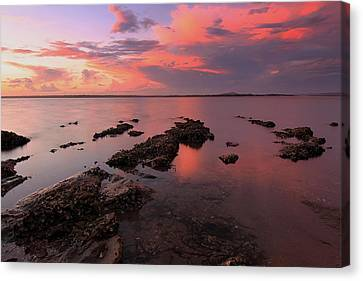 Karuha Sunset 2 Canvas Print by Paul Svensen