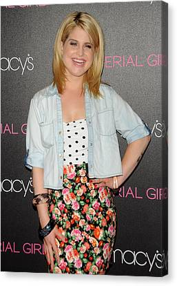 Kelly Osbourne At In-store Appearance Canvas Print by Everett