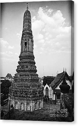 King's Spire Canvas Print by Thanh Tran