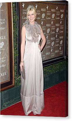 Kirsten Dunst Wearing A Valentino Gown Canvas Print by Everett