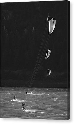 Kiteboarders In The Columbia River Canvas Print by Skip Brown