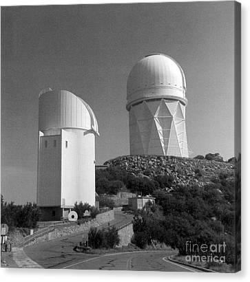 Kitt Peak National Observatory Kpno Canvas Print by Science Source