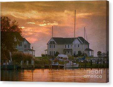 Knapps Narrows Houses Canvas Print by Susan Isakson
