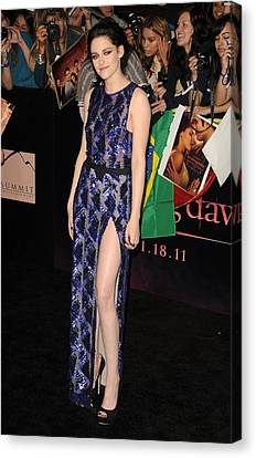Kristen Stewart Wearing A J. Mendel Canvas Print by Everett