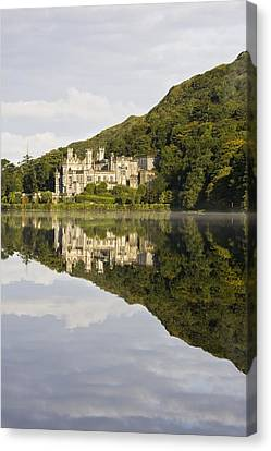 Kylemore Abbey, County Galway, Ireland Canvas Print by Peter McCabe