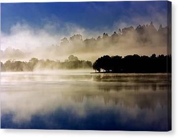 La Niebla Canvas Print by Julio Beceiro