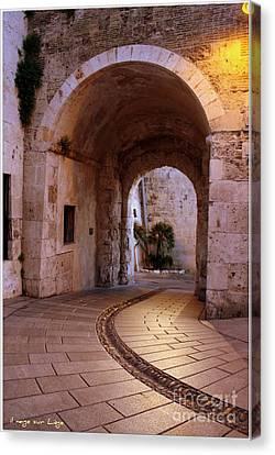 La Porta Dei Leoni Cagliari Canvas Print