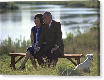 Lady Bird And President Johnson Sit Canvas Print by Everett
