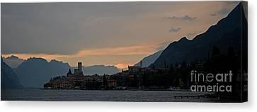 Lago Del Garda Canvas Print