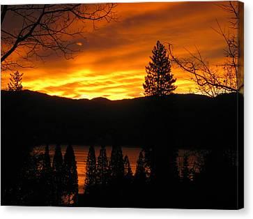 Lake Arrowhead Sunrise Canvas Print by Diana Poe