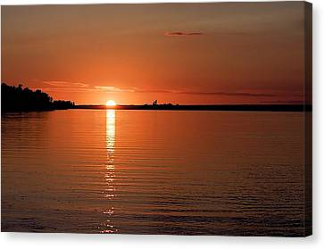 Canvas Print featuring the photograph Lake Manitoba Sunset by Scott Holmes