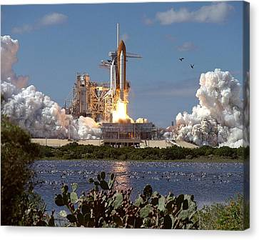 Launch Of Atlantis, The 66th Space Canvas Print by Everett