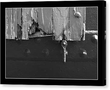 Canvas Print featuring the photograph Lighthouse Shutter Black And White by Darleen Stry
