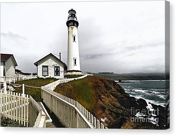 Lighthouse  With Keepers House At Pigeon Point Canvas Print by George Oze