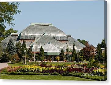 Lincoln Park Zoo In Chicago Canvas Print