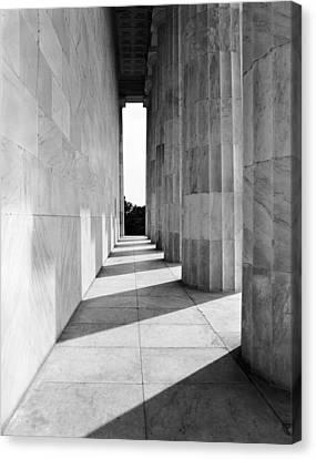 Lincolns Columns Canvas Print