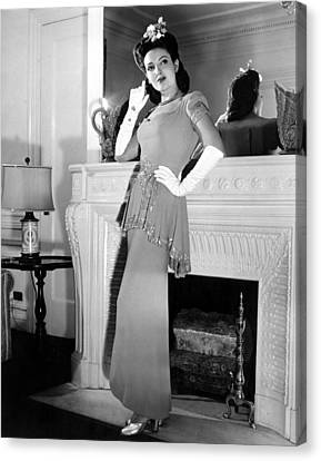 Linda Darnell In Sequined Evening Gown Canvas Print by Everett