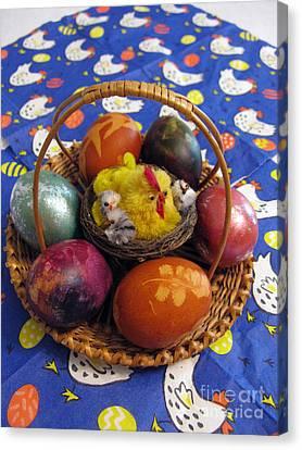 Lithuanian Easter Basket Canvas Print