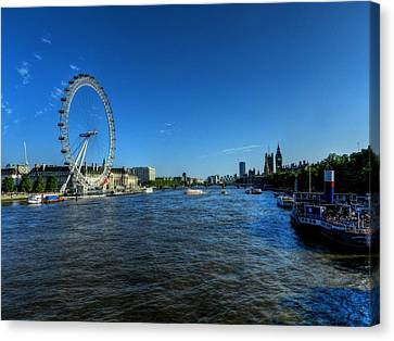 London Canvas Print - London 095 by Lance Vaughn