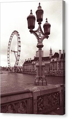 London Eye Canvas Print by Kathy Yates