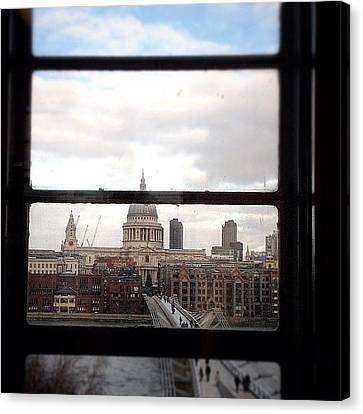 London Love Affair #photooftheday Canvas Print by A Rey