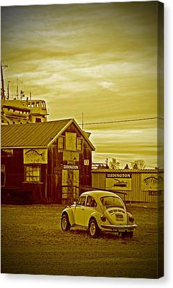 Canvas Print featuring the photograph Lonely Vw by Randall  Cogle