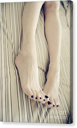 Long Toes Canvas Print by Tos Photos
