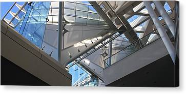Canvas Print featuring the photograph Looking Up by Craig Wood