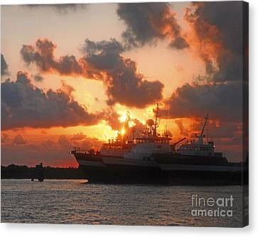 Louisiana Sunset In Port Fourchon Canvas Print