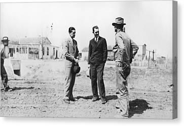 Lyndon Johnson Visiting A National Canvas Print by Everett