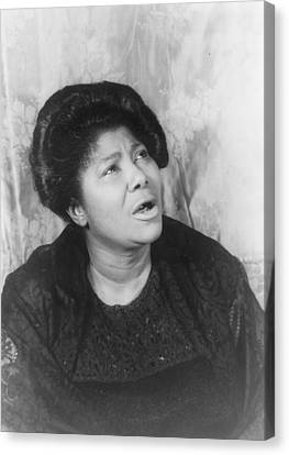 Mahalia Jackson, Portrait By Carl Van Canvas Print