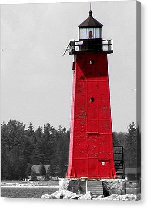 Canvas Print featuring the photograph Manistique East Breakwater Light With Selective Color by Mark J Seefeldt