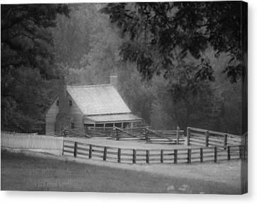 Mariah Wright House Appomattox Virginia Canvas Print by Teresa Mucha