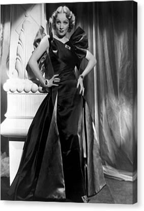 Marlene Dietrich Full Length Portrait Canvas Print by Everett