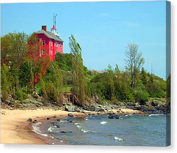 Canvas Print featuring the photograph Marquette Harbor Lighthouse by Mark J Seefeldt