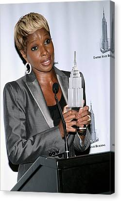 Mary J. Blige In Attendance For Empire Canvas Print by Everett