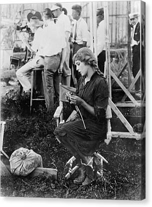 Mary Pickford On A Movie Set Knitting Canvas Print by Everett
