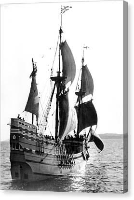 Mayflower II, Plymouth Harbor Canvas Print by Everett