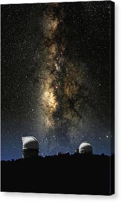 Mcdonald Observatory And Milky Way Canvas Print by Larry Landolfi