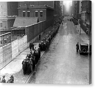 Men Wait In Line For Food On East 25th Canvas Print by Everett