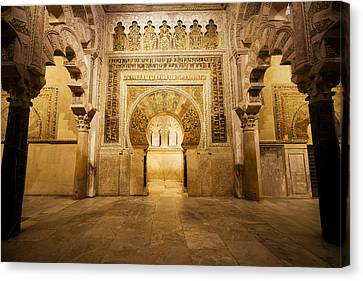 Mezquita Mihrab In Cordoba Canvas Print by Artur Bogacki