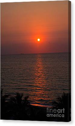 Canvas Print featuring the photograph Miami Sunrise by Pravine Chester