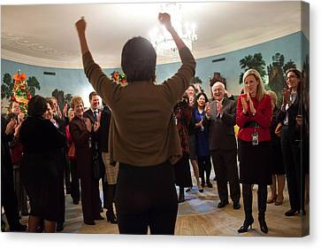 Michelle Obama Celebrates With Guests Canvas Print